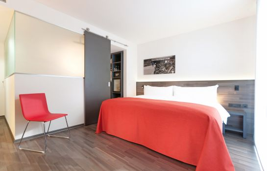 Single room (superior) Tryp Berlin Mitte