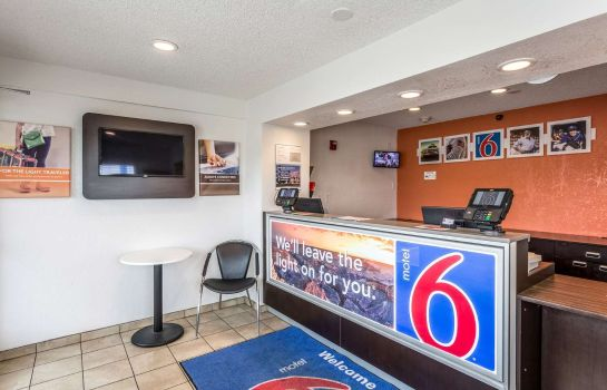 Hall MOTEL 6 ALBUQUERQUE SOUTH-APT