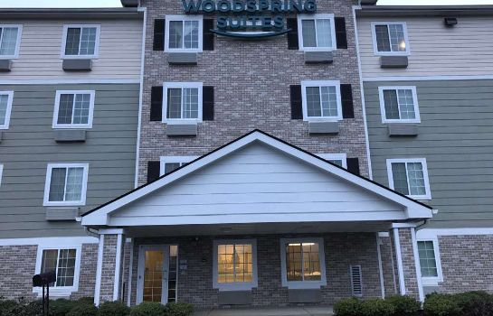 Vista esterna WOODSPRING SUITES RALEIGH APEX