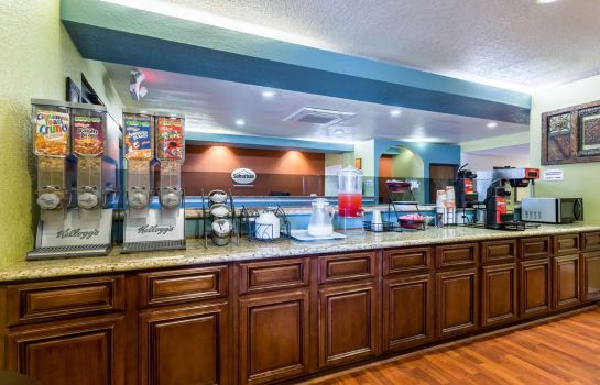 Restaurant Suburban Extended Stay Hotel Beaumont