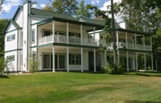 Exterior view CHIEF GOLF COTTAGES
