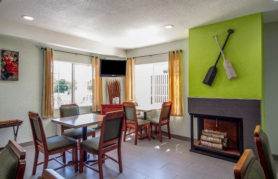 Restaurant Quality Inn and Suites Capitola By the S