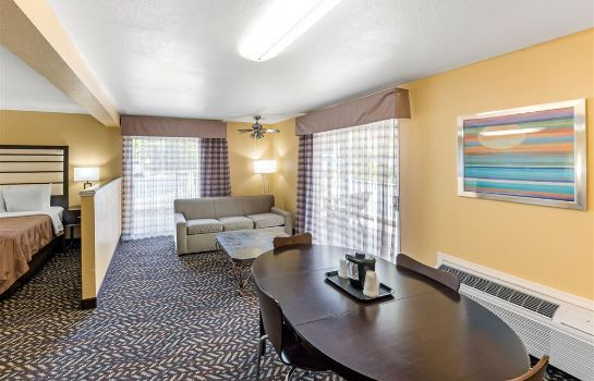 Suite Quality Inn and Suites Capitola By the S
