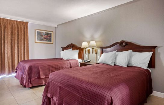 Double room (superior) Rodeway Inn Clermont Rodeway Inn Clermont
