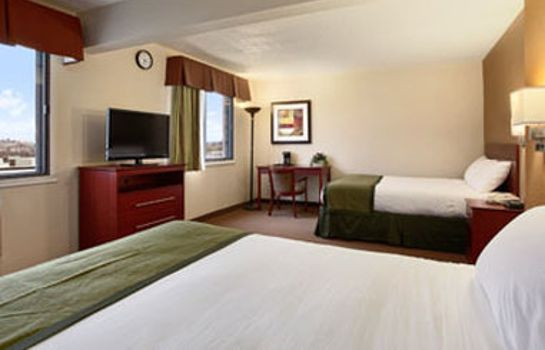 Habitación BAYMONT INN AND SUITES DUBUQUE