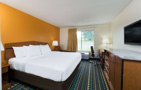 Zimmer DAYS INN FLORENCE CINCINNATI