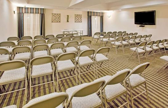 Conference room LA QUINTA INN STE FOWLER