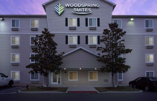 Exterior view WOODSPRING SUITES GAINESVILLE