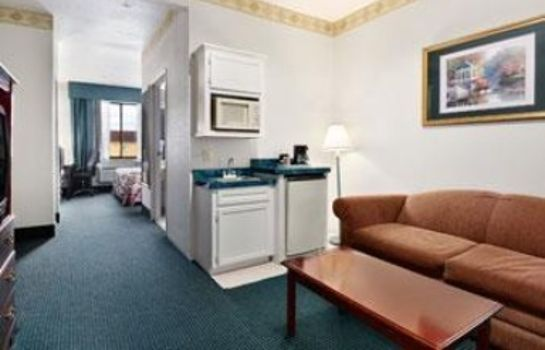Zimmer DAYS INN AND SUITES HOUSTON NO