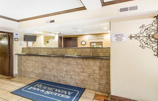 Hotelhalle Rodeway Inn & Suites WI Madison-Northeast