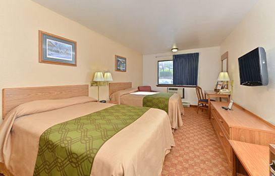 Room Rodeway Inn & Suites WI Madison-Northeast
