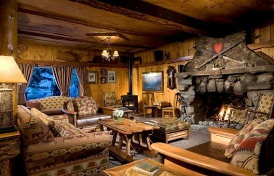 Hol hotelowy TAMARACK LODGE   RESORT