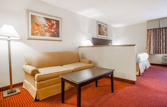 Camera Quality Inn & Suites Westampton