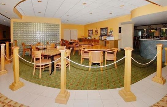 Restaurant Comfort Inn Bay City - Riverfront