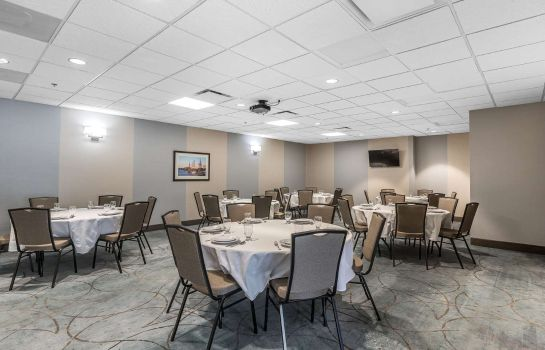Conference room Comfort Inn Bay City - Riverfront