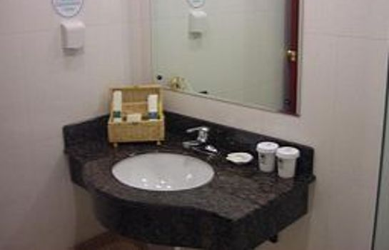 Bagno in camera Green Tree Inn Yuzhoulu