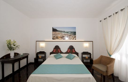 Double room (superior) Cala di Mola Hotel Residence