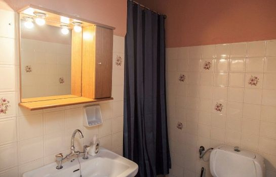 Bathroom Kasteli Studios & Apartments