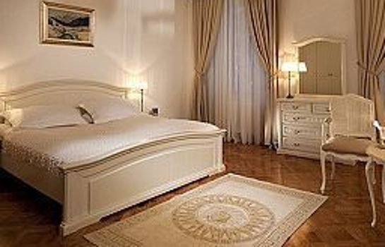 Suite Antiq Palace Small Luxury Hotel of the World- SLH