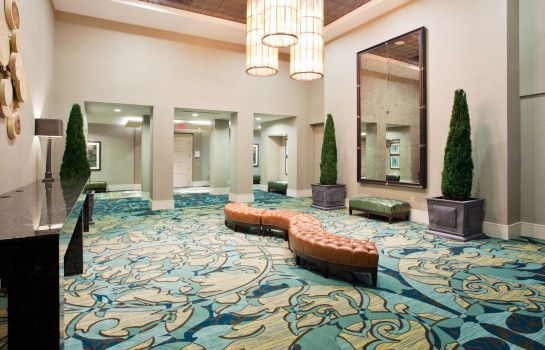 Hotelhalle Crowne Plaza CHARLESTON AIRPORT - CONV CTR