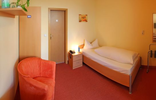 Single room (standard) Zum Markt