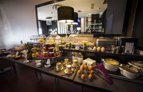 Buffet prima colazione Best Western Up Hotel