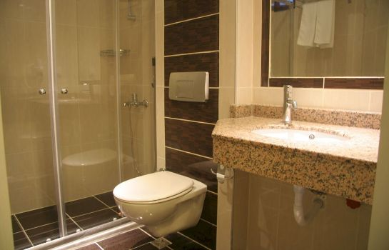 Bagno in camera Orient Suite Hotel