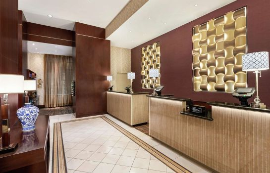 Hotelhalle DoubleTree by Hilton New York City - Financial District