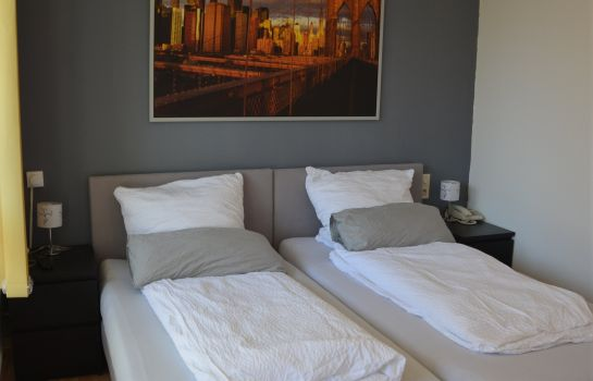 Dreibettzimmer Pension Hages