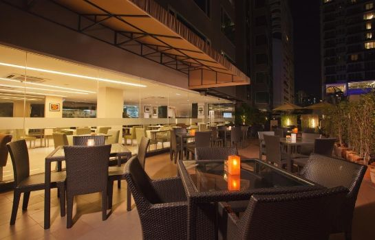 Restaurant Golden Tulip Mandison Suites