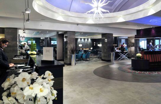 Hotelhalle DoubleTree by Hilton London - West End