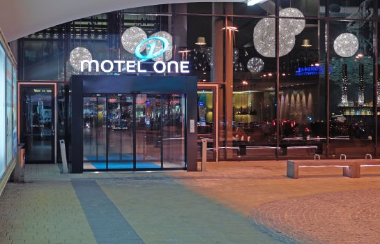 Exterior view Motel One Westbahnhof