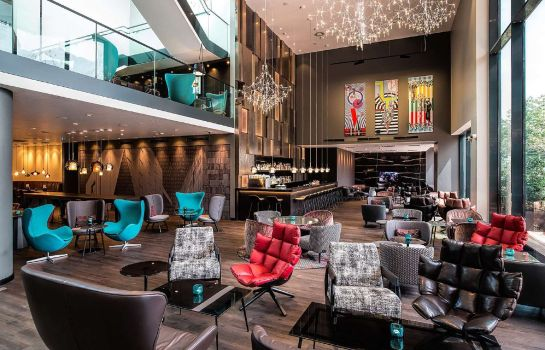 Hotel bar Motel One Westbahnhof