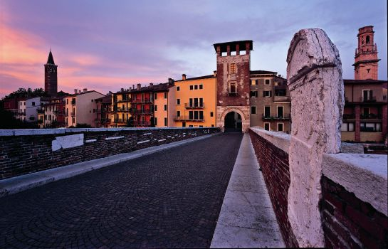 Vista esterna Escalus Verona Luxury Suites