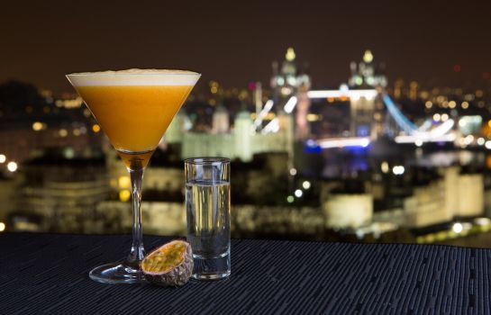 Bar del hotel DoubleTree by Hilton London - Tower of London