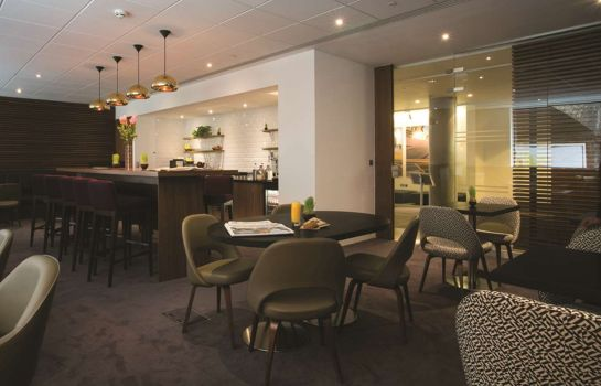 Hotel bar DoubleTree by Hilton London - Tower of London