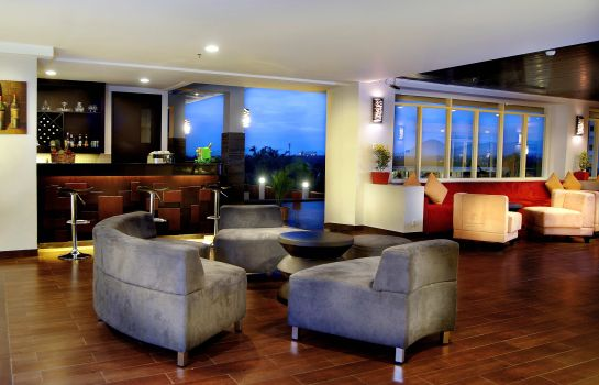 Hotel bar Aston Bogor Hotel and Resort