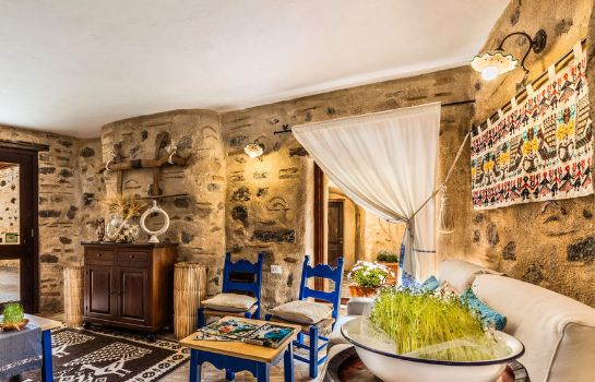 Hotelhalle Albergo Diffuso Mannois