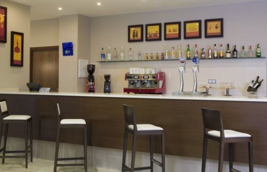 Bar de l'hôtel Holiday Inn Express CAMPO DE GIBRALTAR - BARRIOS