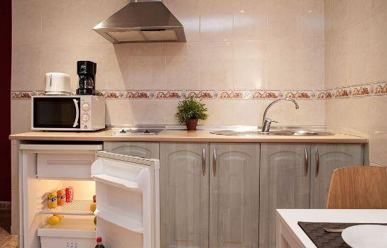 El Mit Küche Im Zimmer | Hotel El Cenachero Apartments In Malaga Hotel De