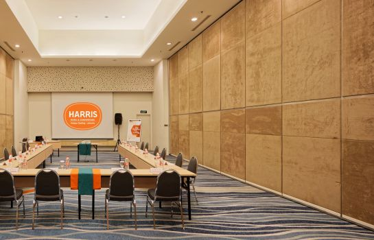 Meeting room HARRIS Hotel and Conventions Kelapa Gading