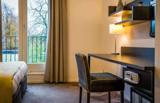 Single room (standard) Parkhotel Auberge Vincent