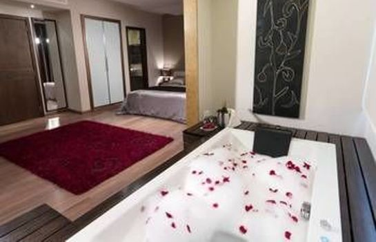 Jaccuzi City Suite Hotel