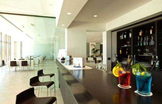 Hotel bar Tulip Inn Naples Airport