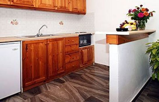 Kitchen in room Nautilus Apartments