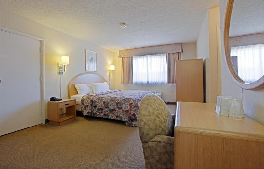 Zimmer Americas Best Value Inn Hotel Visalia