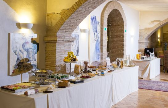Breakfast room Marchese del Grillo Hotel & Restaurant