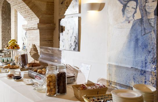 Breakfast buffet Marchese del Grillo Hotel & Restaurant