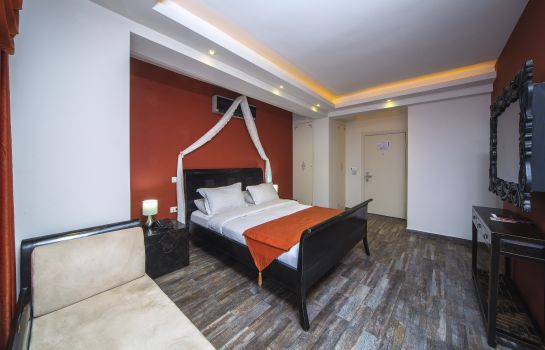 Double room (standard) Mood  Design Suites
