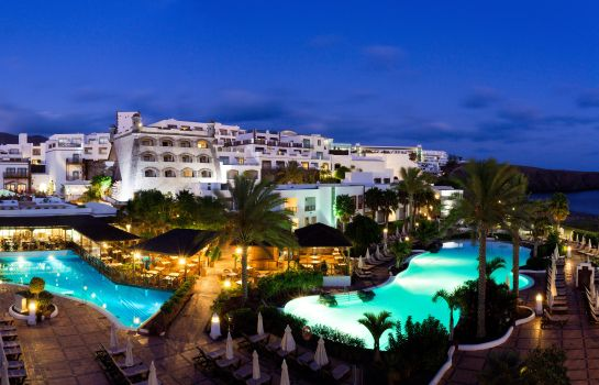 Vista exterior Gran Castillo Tagoro Family & Fun Playa Blanca -  All Inclusive Playa Blanca